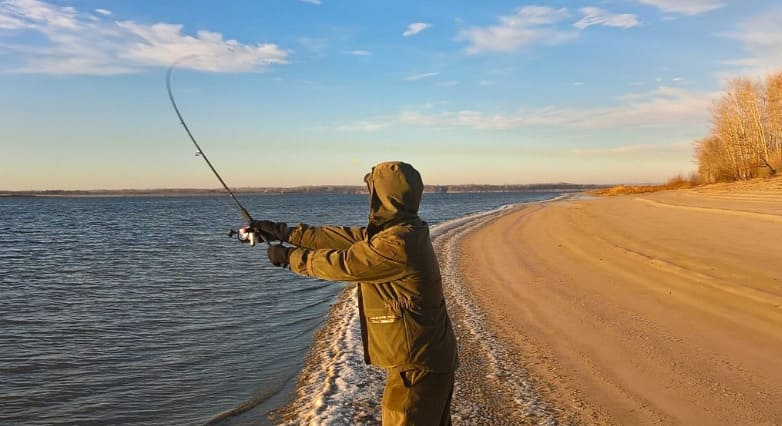 Как выбрать спиннинг для рыбалки. Советы новичкам