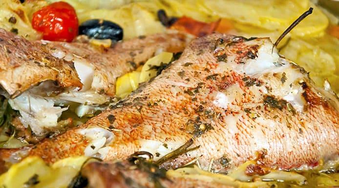 Морской окунь вкусно в духовке